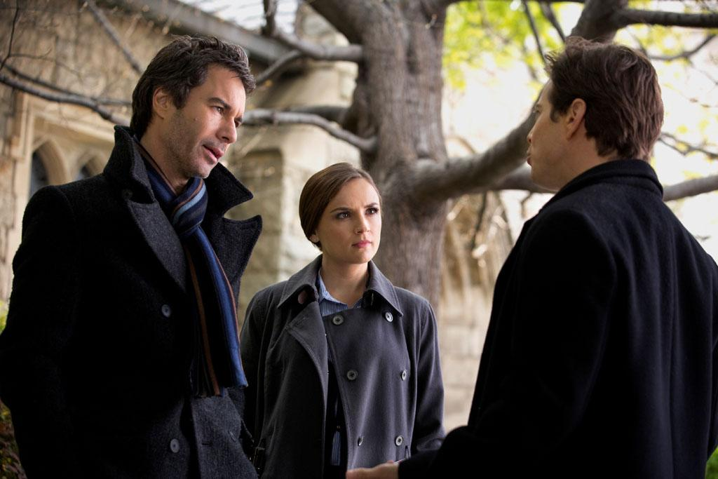 "Eric McCormack, Rachael Leigh Cook, and Scott Wolf in the ""Perception"" episode, ""Blindness."""