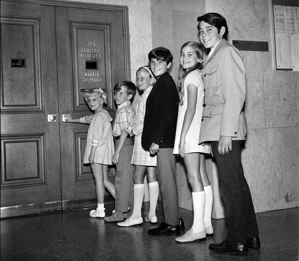 <p>Behind the scenes of the first episode of <em>The Brady Bunch</em> on September 26th, 1969. (Left-right) Susan Olsen (Cindy), Mike Lookinland (Bobby), Eve Plumb (Jan), Christopher Knight (Peter), Maureen McCormick (Marcia), and Barry Williams (Greg).</p>
