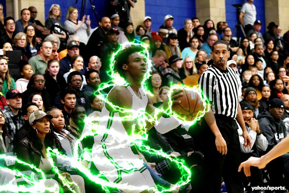 Whenever he steps on the court for Sierra Canyon, all eyes are on Bronny James. (Nicolas Lucero/Yahoo Sports)