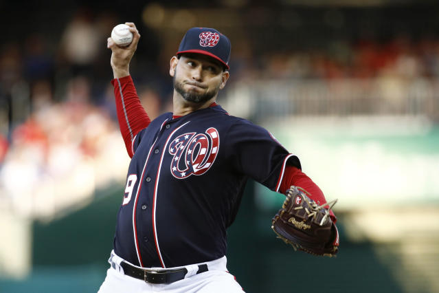 Washington Nationals starting pitcher Anibal Sanchez throws to the Los Angeles Dodgers in the second inning of a baseball game, Friday, July 26, 2019, in Washington. (AP Photo/Patrick Semansky)