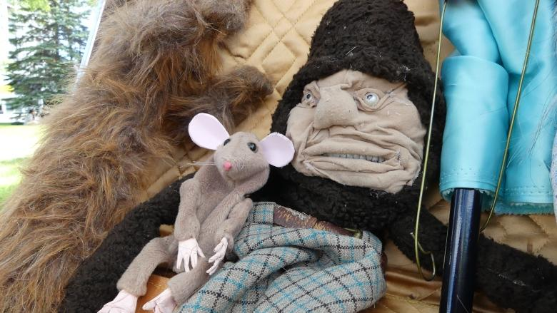 'This is your outlet': Winnipegger hopes to bring shy puppeteers out of the woodwork