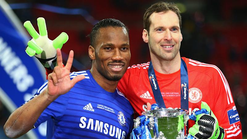 Didier Drogba consoles retiring Petr Cech after Arsenal's Europa League loss to Chelsea
