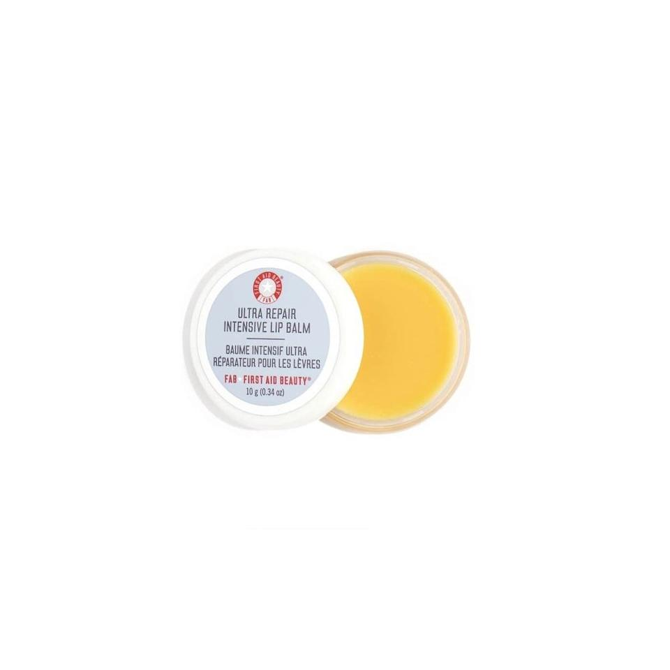 "<p><strong>First Aid Beauty</strong></p><p>sephora.com</p><p><strong>$20.00</strong></p><p><a href=""https://go.redirectingat.com?id=74968X1596630&url=https%3A%2F%2Fwww.sephora.com%2Fproduct%2Fultra-repair-intensive-lip-balm-P403740&sref=http%3A%2F%2Fwww.oprahmag.com%2Fbeauty%2Fskin-makeup%2Fg25607951%2Fbest-lip-mask%2F"" target=""_blank"">SHOP NOW</a></p><p>""This hydrating lip balm contains colloidal oatmeal to soothe inflamed skin,"" says <a href=""https://www.batraskincare.com/"">Dr. Sonia Batra</a>, a dermatologist and co-host of ""<a href=""https://www.thedoctorstv.com/doctors/sonia-batra"">The Doctors</a>."" It also contains honey, propolis, and beeswax to hydrate. Plus, the company uses clean ingredients and avoids many known irritants, such as artificial colors, fragrances, sulfates, and phthalates.</p>"
