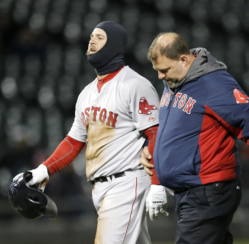 Napoli back in Red Sox lineup after missing game