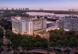 Hotel Effie, a new full-service luxury hotel behind the gates of Sandestin Golf and Beach Resort in northwest Florida, is proud to announce an opening date of February 1, 2021. The hotel will feature culinary offerings from award-winning chef Hugh Acheson.