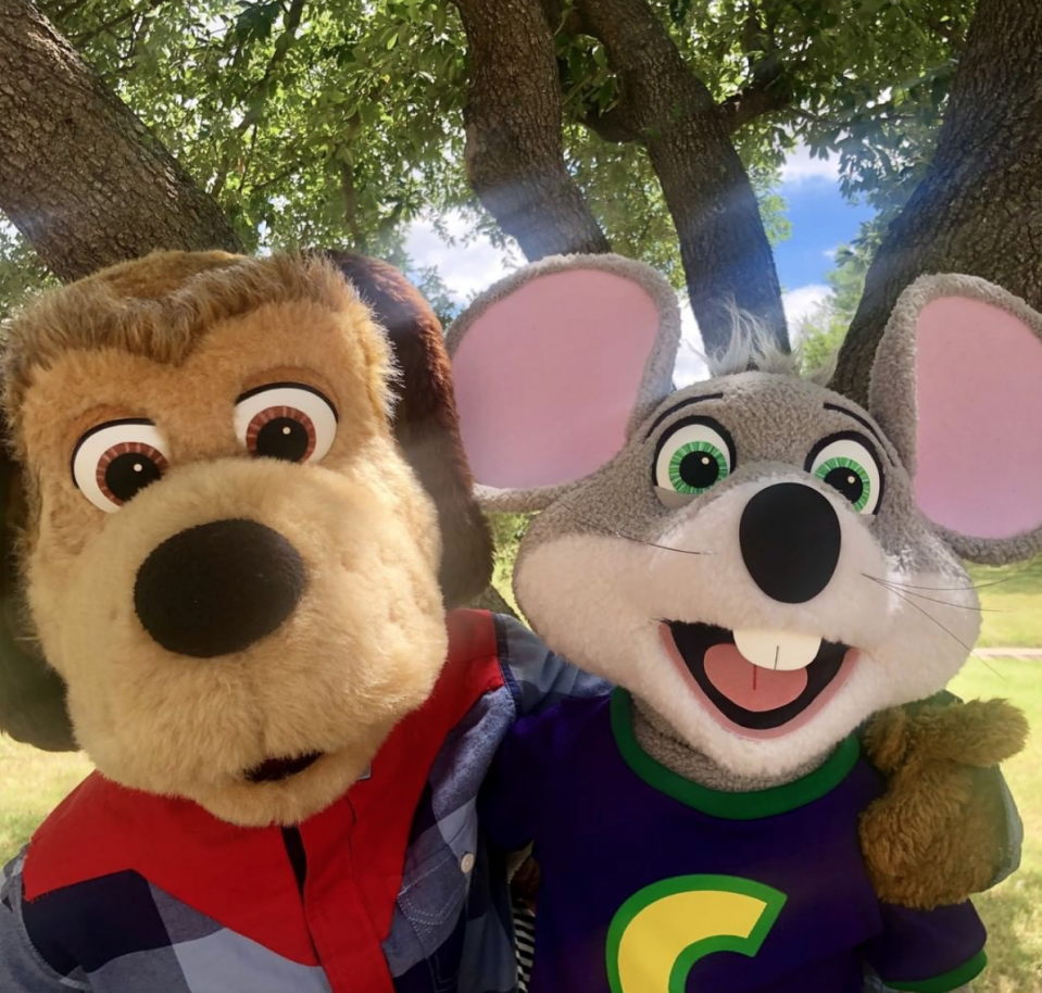 "<p>By the mid-2010s, interest in Chuck E. Cheese's animatronic shows was dwindling. ""Kids stopped watching the animatronic shows,"" the company's CEO <a href=""https://www.eater.com/2017/8/21/16125898/chuck-e-cheese-animatronics-new-store-design"" rel=""nofollow noopener"" target=""_blank"" data-ylk=""slk:Tom Leverton told Eater"" class=""link rapid-noclick-resp"">Tom Leverton told Eater</a> in 2016: ""What we've seen over time with improvements in tech, with screens, and the expectations of kids today, the animatronics aren't the main draw.""</p>"