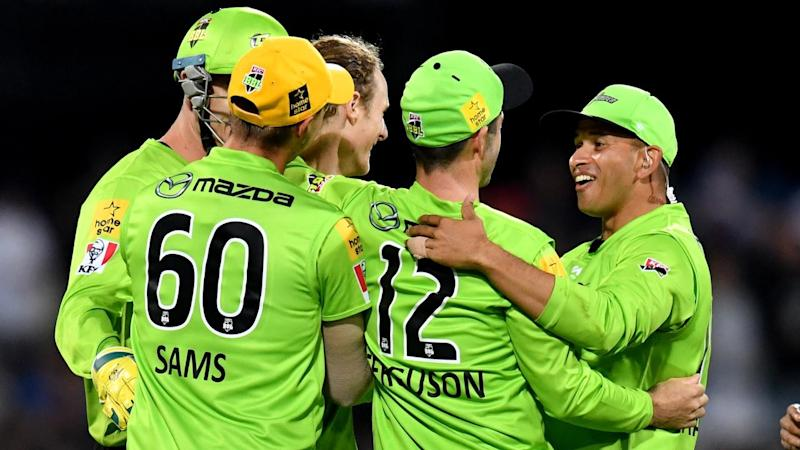 The Sydney Thunder's BBL title quest continues after they eliminated the Hurricanes in Hobart