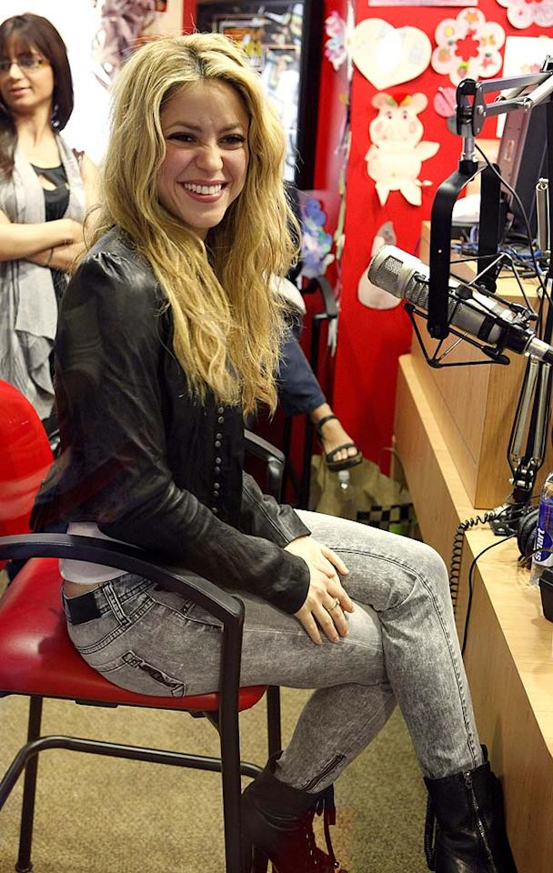 "Sexy pop star Shakira takes the mike during the charity broadcast. <a href=""http://www.wireimage.com"" target=""new"">Jean Baptiste Lacroix/WireImage.com</a> - September 15, 2009"