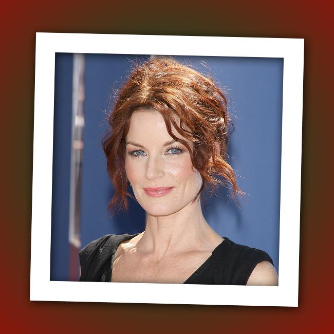 """It's """"<a href=""""http://tv.yahoo.com/melrose-place/show/143"""" rel=""""nofollow"""">Melrose Place</a>"""" star Laura Leighton, who now plays Hanna's mom Ashley Marin on ABC Family's """"<a href=""""http://tv.yahoo.com/pretty-little-liars/show/39256"""" rel=""""nofollow"""">Pretty Little Liars</a>."""""""