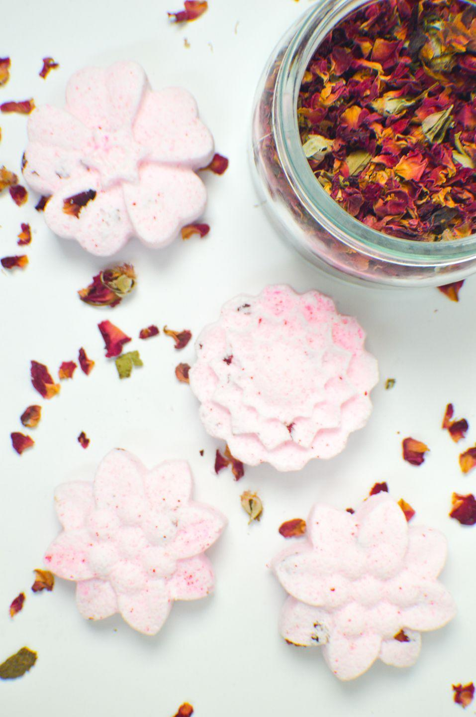 """<p>Sure, bath bombs that smell like roses are divine. But rose-infused bath bombs that look like fresh blooms are even better. </p><p><a class=""""link rapid-noclick-resp"""" href=""""https://www.amazon.com/IHUIXINHE-Fondant-Silicone-Sugarcraft-Decoration/dp/B07F63Q4B7/?tag=syn-yahoo-20&ascsubtag=%5Bartid%7C10055.g.2412%5Bsrc%7Cyahoo-us"""" rel=""""nofollow noopener"""" target=""""_blank"""" data-ylk=""""slk:SHOP FLOWER MOLDS"""">SHOP FLOWER MOLDS</a></p><p><em><a href=""""https://www.clubcrafted.com/2016/08/25/diy-floral-bath-bombs/"""" rel=""""nofollow noopener"""" target=""""_blank"""" data-ylk=""""slk:Get the tutorial at Club Crafted »"""" class=""""link rapid-noclick-resp"""">Get the tutorial at Club Crafted »</a></em> </p>"""