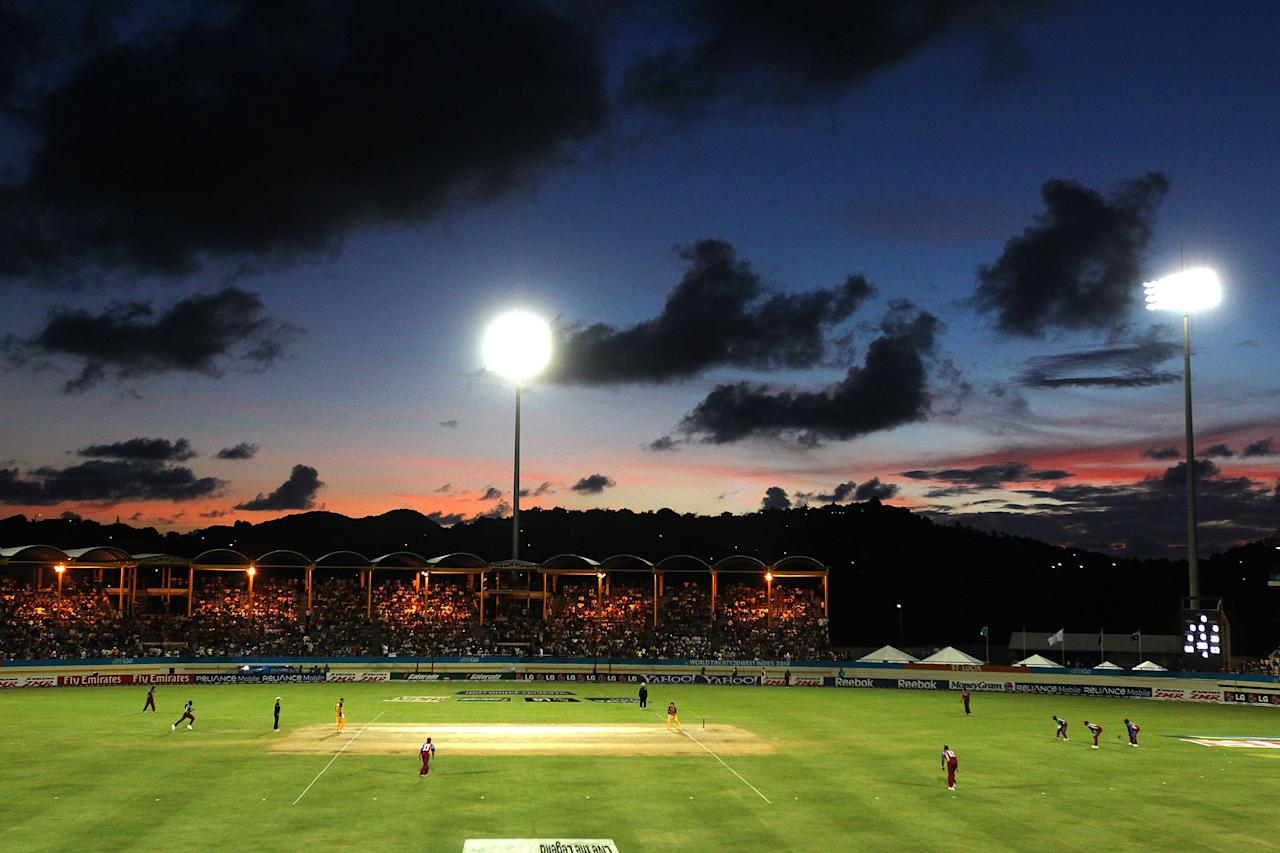 GROS ISLET, SAINT LUCIA - MAY 11:  A general view during play in the ICC World Twenty20 Super Eight match between West Indies and Australia at the Beausejour Cricket Ground on May 11, 2010 in Gros Islet, Saint Lucia.  (Photo by Clive Rose/Getty Images)