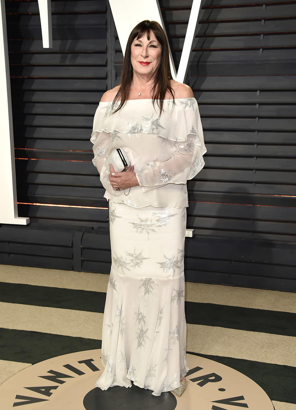 <p>Anjelica Huston arrives at the Vanity Fair Oscar Party on Sunday, Feb. 26, 2017, in Beverly Hills, Calif. (Photo by Evan Agostini/Invision/AP) </p>