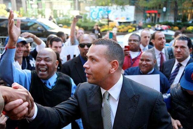 New York Yankees' Alex Rodriguez arrives at the offices of Major League Baseball, Tuesday, Oct. 1, 2013 in New York. The grievance to overturn Rodriguez's 211-game suspension began Monday before arbitrator Fredric Horowitz