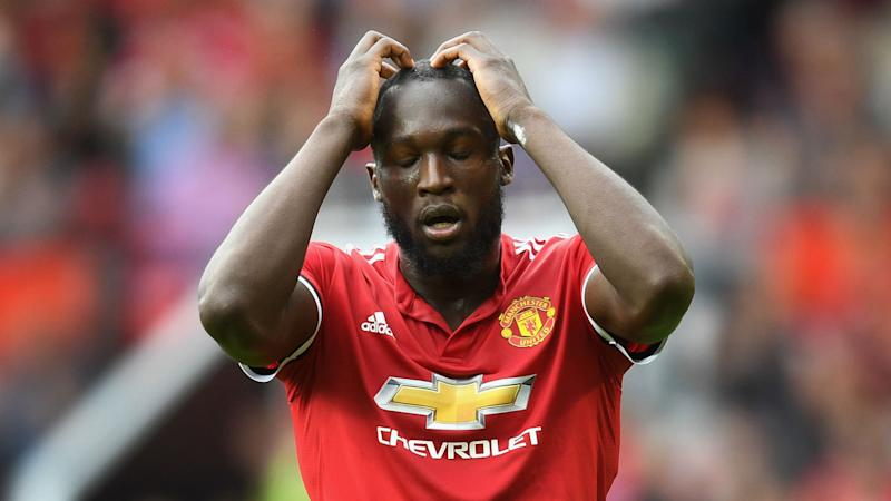Lukaku 'improved' but mocked by Mertens over first touch