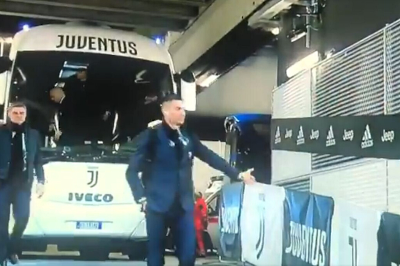 No Fans in Sight, Ronaldo High-fives the Air as Juventus-Inter Milan Play in Empty Stadium