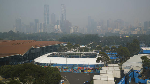 Amid concerns over air quality in Melbourne, Liam Broady criticised Australian Open organisers.