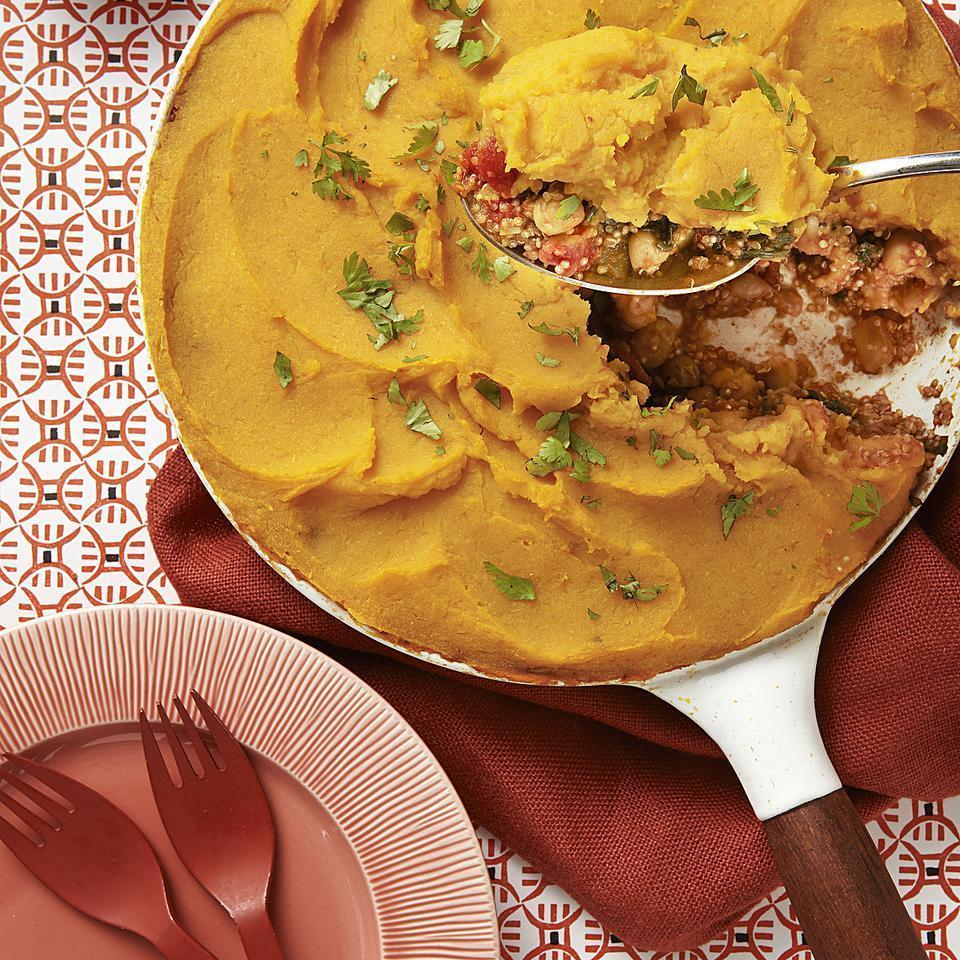 <p>An aromatic mixture of garlic, paprika, cumin, coriander, allspice and cayenne flavors this vegetarian quinoa and squash casserole recipe. Frozen squash is a super-easy topping.</p>
