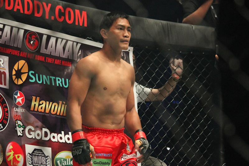 MALL OF ASIA ARENA, PASAY CITY, NCR, PHILIPPINES - 2017/11/10: Eduard Folayang during the ONE Legends of the World that was held at the Mall of Asia Arena last November 10, 2017. Martin Nguyen knocked out Eduard Folayang in the second round to wrest from him the ONE Lightweight World Championship. With the win, Nguyen becomes the first ever two-division champion in the history of the promotion. (Photo by Dennis Jerome Acosta/Pacific Press/LightRocket via Getty Images)