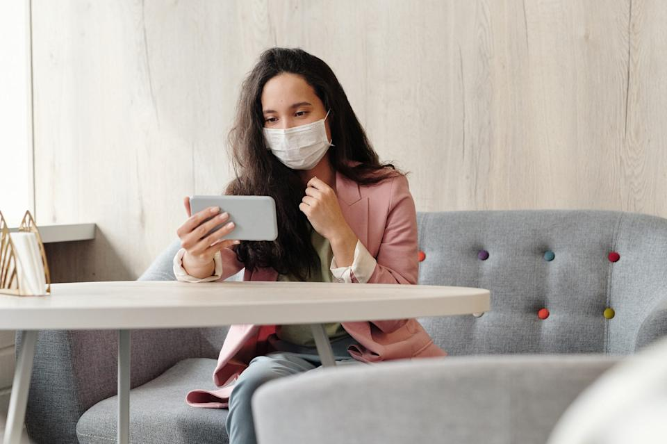 Outside dining is still permitted in Pasadena, but face masks must be worn when not eating or drinking.