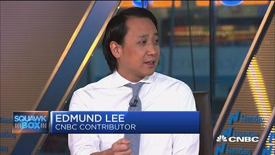 Ed Lee, Recode managing editor, weighs in on Apple's announcement of additional investments in the U.S. economy and thousands of jobs.
