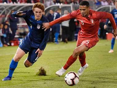 Peru's Edison Flores scores last-gasp equaliser to deny inexperienced United States side a win