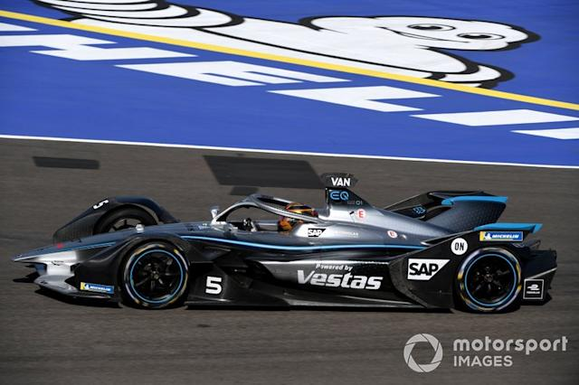 "Stoffel Vandoorne, Mercedes Benz EQ, EQ Silver Arrow 01 <span class=""copyright"">Sam Bagnall / Motorsport Images</span>"