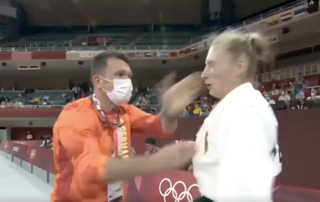 German judoka shocks fans after her coach slaps her in pre-competition ritual (Tokyo Olympics )