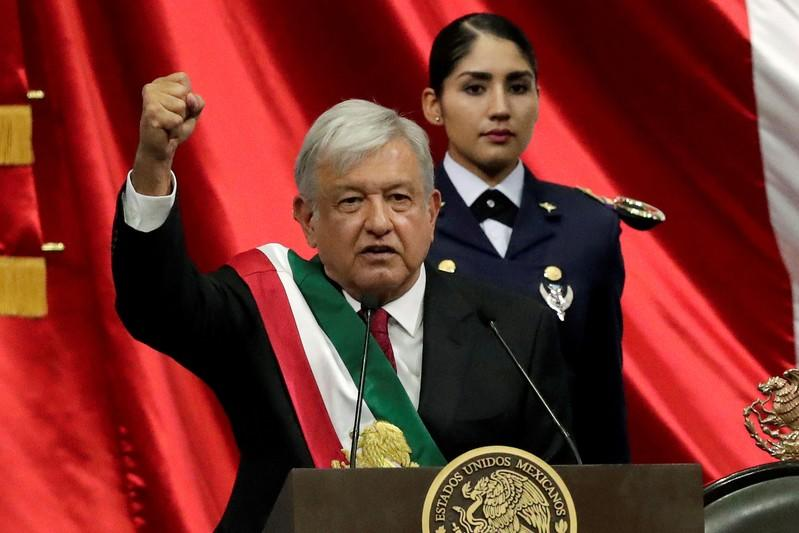 Mexican lawmakers vote overwhelmingly to end presidential immunity