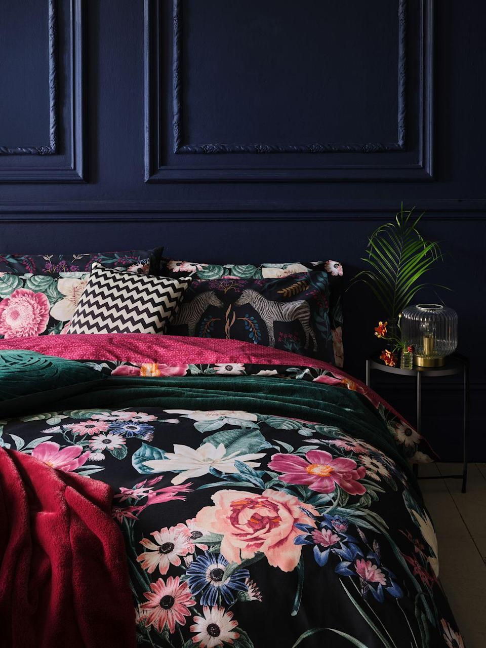 """<p>Warming up your decor doesn't have to be a big paint job. Perfect for cold winter nights, The Entertainer trend is all about moody hues, cosy throws and statement-making floral bedlinen at purse-friendly prices. </p><p><a class=""""link rapid-noclick-resp"""" href=""""https://direct.asda.com/george/home/D26,default,sc.html"""" rel=""""nofollow noopener"""" target=""""_blank"""" data-ylk=""""slk:SHOP NOW"""">SHOP NOW</a></p>"""
