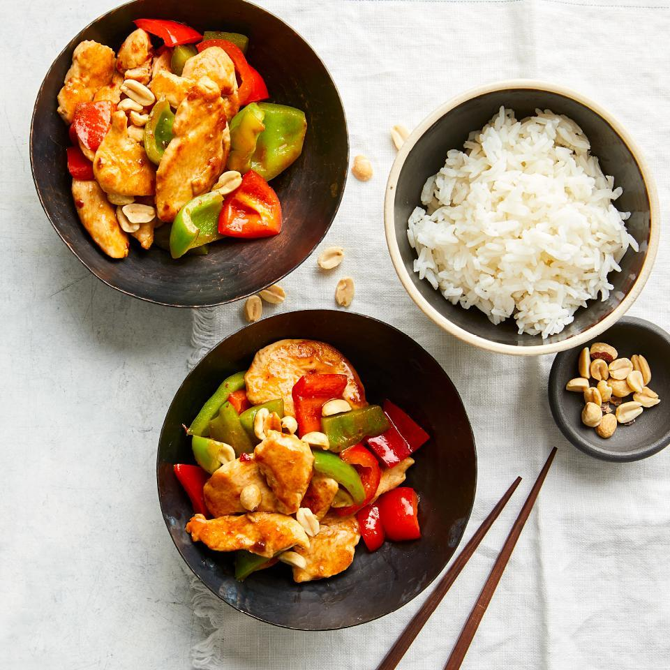 <p>Here's an easy chicken recipe you'll definitely want to add to your dinner repertoire. A quick marinade tenderizes the chicken and infuses flavor in this healthy version of a take-out favorite. Adding a little oil to finish the marinade coats the chicken and helps keep it from sticking to the pan.</p>