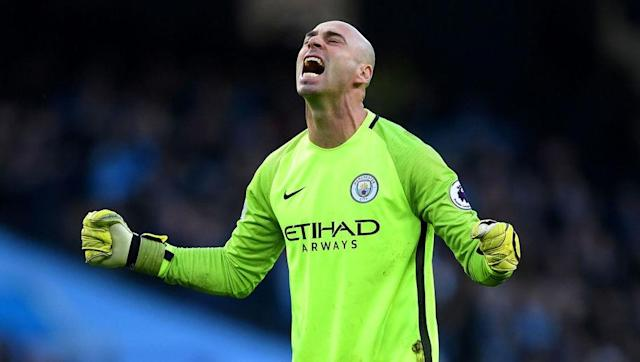 <p>It wasn't long ago that Claudio Bravo was considered among the top goalkeepers in the world and, despite a very difficult year with Manchester City, he hasn't automatically become a bad one. Even if he's not grouped with the Premier League elite.</p> <br><p>In Willy Caballero, City have a safe pair of hands in reserve, hands that Pep Guardiola has called upon numerous times this season.</p>