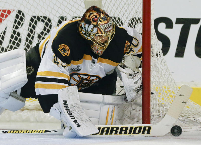 Boston Bruins goalie Tuukka Rask (40) seals off the goal against the Chicago Blackhawks in the second period during Game 2 of the NHL hockey Stanley Cup Finals, Saturday, June 15, 2013, in Chicago. (AP Photo/Nam Y. Huh)