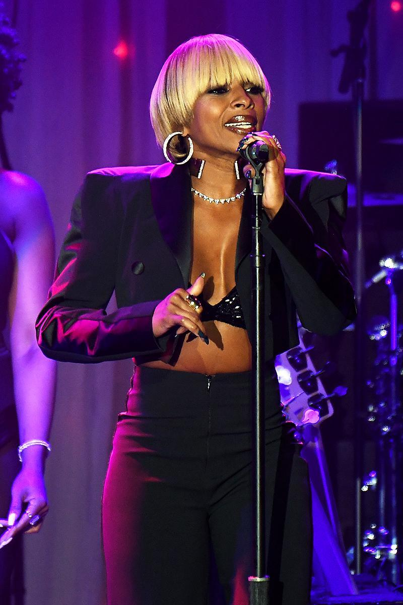 <p>Blige, 46, is the only artist on this list who has yet to reach 5 million with any album. Her top sellers are her first three albums, What's the 411?, My Life, and Share My World, and 2005's The Breakthrough (3 million each). (Photo: Kevork Djansezian/Getty Images) </p>