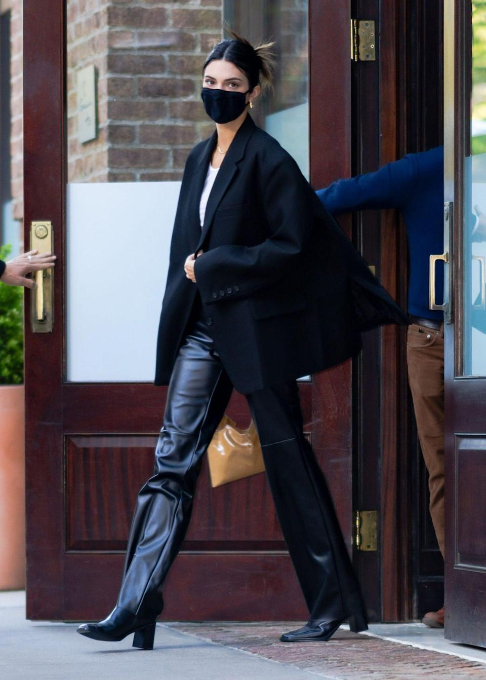 <p>Kendall Jenner looks runway-ready while leaving a hotel in N.Y.C. on Monday.</p>