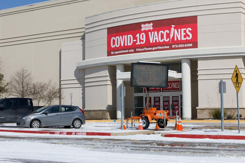 FRISCO, Feb. 19, 2021 -- Photo taken on Feb. 19, 2021 shows a closed COVID-19 vaccine center in Frisco, Texas, the United States.   U.S. COVID-19 vaccine rollout has been hindered by power outages amid the ongoing winter storms in much of the country, with nearly all states experiencing shipment delays. (Photo by Dan Tian/Xinhua via Getty) (Xinhua/Dan Tian via Getty Images)