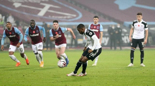 Ademola Lookman failed to covert a penalty deep into stoppage time at the London Stadium