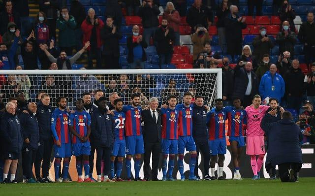 Roy Hodgson with the Crystal Palace players and staff