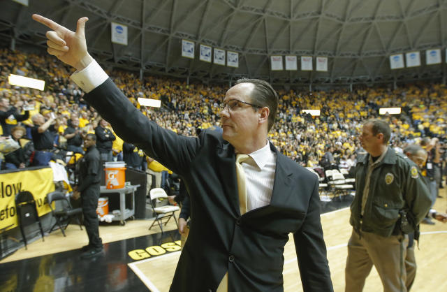 Wichita State coach Gregg Marshall points to the crowd after his team completed a perfect 31-0 regular season by beating Missouri State 68-45 in an NCAA college basketball game in Wichita, Kansas., Saturday, March 1, 2014. (AP Photo/The Wichita Eagle, Travis Heying) LCOAL TV OUT; MAGS OUT; LOCAL RADIO OUT; LOCAL INTERNET OUT