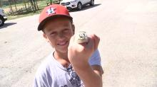 11-year-old Astros fan meets stranger who gave her his Astros replica ring