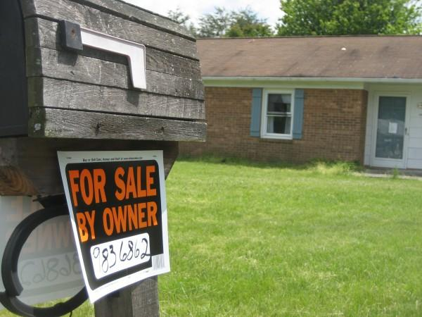 U.S. Housing Market Continues Rebound, Sees Strong Home Sales