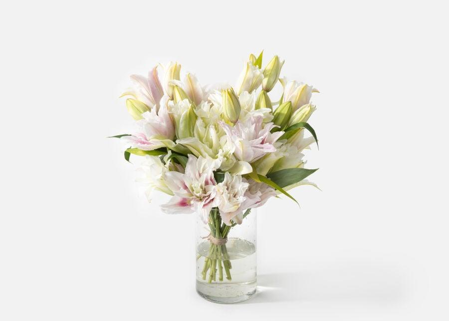 <p>If they're not a huge fan of roses, go for this <span>Urbanstems Double The Francine</span> ($99).</p>