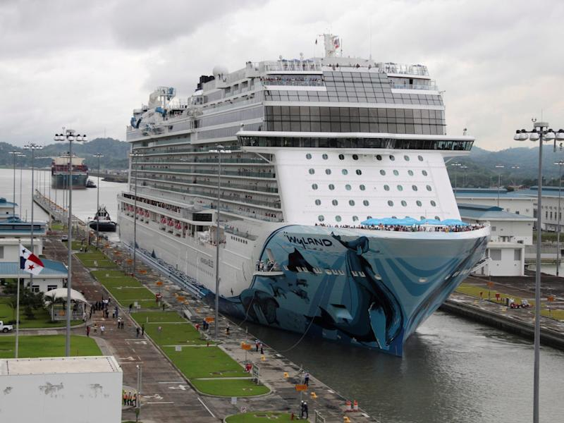 Norwegian Bliss in 2018 1.JPG