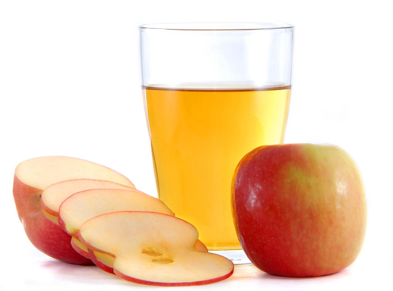 <p>One of its many benefits is that apple cider vinegar is a natural cleanser. Apply it on your scalp to gently cleanse and get rid of build up, improve blood circulation to the hair follicles, and help combat dandruff. All the scratching of the scalp can weaken the hair and follicles. Also, quite a few shampoos and hair products disrupt the hair's natural pH level. This affects the scalp and the hair cuticles. Regular cleansing with apple cider vinegar will help maintain your hair's pH level and bring it to its ideal acidity. To make the rinse, mix two to four tablespoons of apple cider vinegar in one cup of warm filtered water. After shampooing, rinse your hair with the apple cider vinegar solution.<br />Photograph: Phongnguyen1410/Creative Commons </p>
