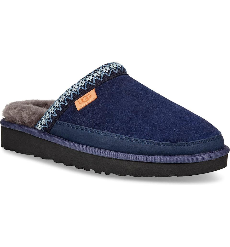 """<p><strong>UGG</strong></p><p>amazon.com</p><p><a href=""""https://www.amazon.com/dp/B07MPSDR5W?tag=syn-yahoo-20&ascsubtag=%5Bartid%7C10065.g.1290%5Bsrc%7Cyahoo-us"""" rel=""""nofollow noopener"""" target=""""_blank"""" data-ylk=""""slk:Shop Now"""" class=""""link rapid-noclick-resp"""">Shop Now</a></p><p>Fluff-lined slippers are the ultimate luxury that you can buy for cheap. </p>"""