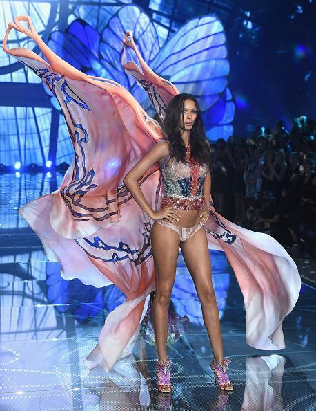 <p>In a hand embroidered bodice, Lais Ribiero handled some of the biggest wings of the night with ease. </p>