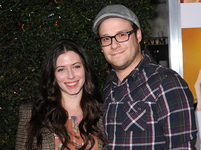 """Actor Seth Rogen (R) and Lauren Miller arrive to the """"How Do You Know"""" Los Angeles Premiere at Regency Village Theatre on December 13, 2010 in Westwood, California."""