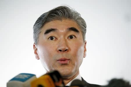 U.S. Special Representative for North Korea Policy Sung Kim speaks to the media at a news conference in Beijing January 30, 2015.  REUTERS/Kim Kyung-Hoon