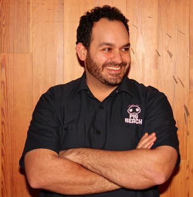 Chef Matt Abdoo (@pigbeachnyc, @mattabdoo) describes his food style as wide-ranging from New York Times 4-Star Italian cuisine to championship low-and-slow BBQ. He is on the 1-800-TURKEYS hotline Nov. 25.