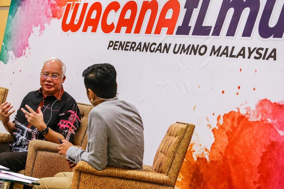 Former prime minister Datuk Seri Najib Razak speaks at a special forum called 'Hard Truth: Cash is King', at the Umno headquarters in Kuala Lumpur August 7, 2019. — Picture by Hari Anggara