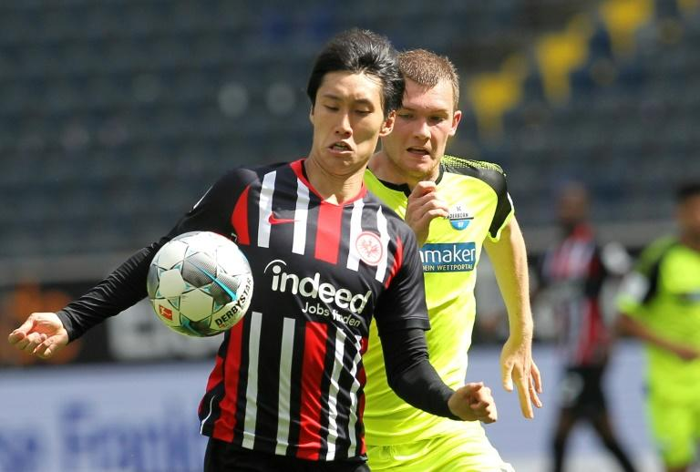 Japan forward Kamada extends Eintracht Frankfurt stay